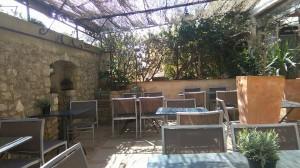 luberon hotel gordes murs restaurant terrasse provence